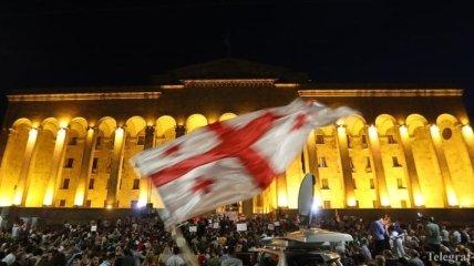 Протесты в Грузии: полиция разогнала протестующих у здания парламента в Тбилиси