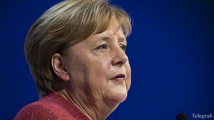 Меркель: Не хочу видеть снова двухполярный мир