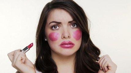 Ошибки, которые совершают женщины при нанесении макияжа (Фото)