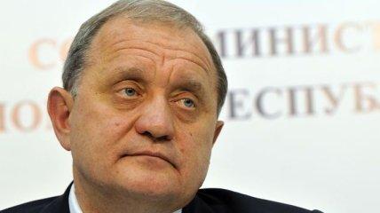 Могилев посадил 12 крымских сосен