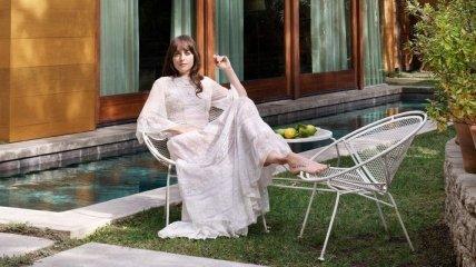 Актриса Дакота Джонсон показала свій будинок в Лос-Анджелесі