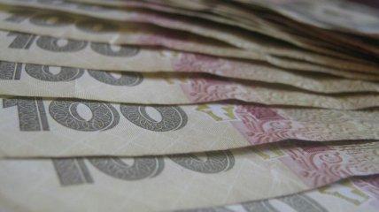 Доллар и евро немного подросли, а фунт опять рухнул: курс валют в Украине на 3 августа