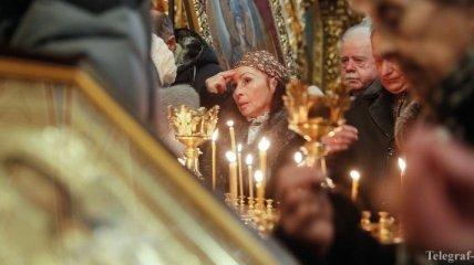 Кабмин отменит постановление о передаче церкви лаврских мощей
