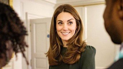 Герцогиня Кембриджская устроила официальную встречу в Кенсингтонском дворце (Фото)