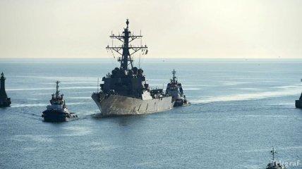 Эсминец США Donald Cook направляется в Черное море