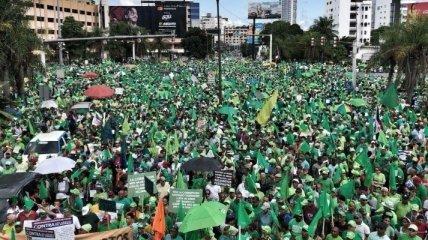 В Доминиканской республике прошли акции протеста против коррупции