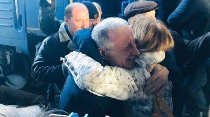 Крымский политзаключенный журналист Семена прибыл в Киев: фото