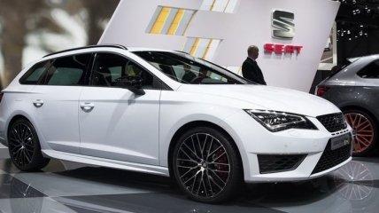 Состоялся дебют Seat Leon ST Cupra