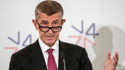 Премьер Чехии хочет встречи с Зеленским