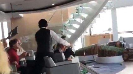 """Норвежский """"Титаник"""": появились кадры аварии круизного лайнера (Видео)"""