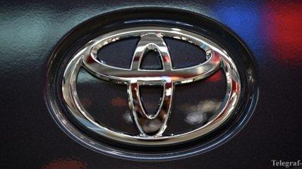 Toyota отзывает 6,5 млн авто из-за проблем со стеклоподъемником