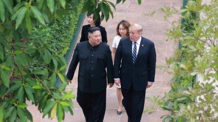 Трамп назвал фейком информацию о переговорах с Ким Чен Ыном о военных учениях