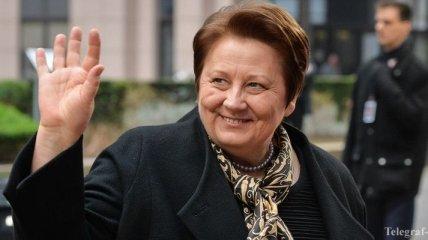 Премьер Латвии назвала условие получения безвизового режима с ЕС