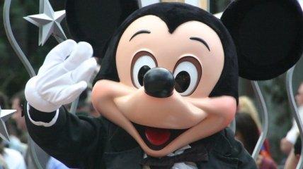 В США начнут поэтапное открытие Disneyland
