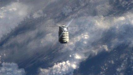 НАСА опубликовали удивительные кадры, сделанные в космосе (Фото)