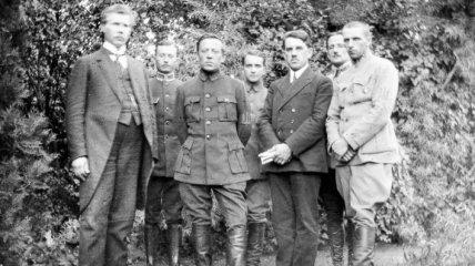 Госархив показал ранее неизвестные фото Симона Петлюры
