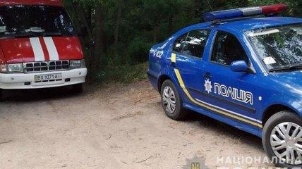 В Хмельницкой области пропавшего выпускника нашли спящим в лесу