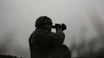 Попали под обстрел и подорвались: на Донбассе пострадали девять украинских защитников
