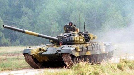 СНБО: В Донецк прибыли 2 российских танка (Видео)