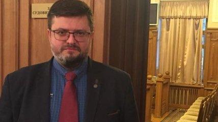 Адвокат Вышинского заявляет, что в его доме и офисе проходят обыски
