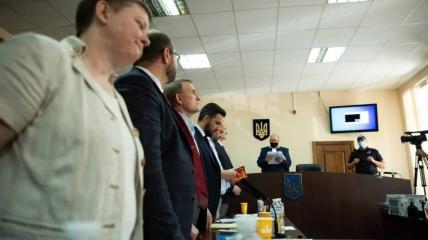 Адвокат: Прокуроры в своих доводах признают, что хотят привлечь Медведчука к ответственности по политическим мотивам
