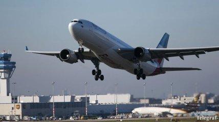 Самолет Eurowings экстренно сел в Кувейте