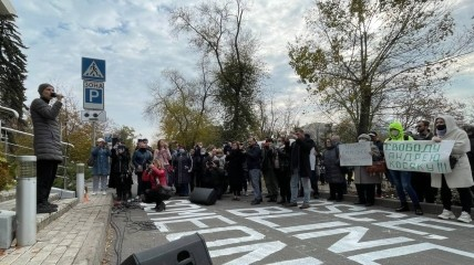 Юлия Чичерина поддерживает боевиков с самого начала оккупации Донбасса