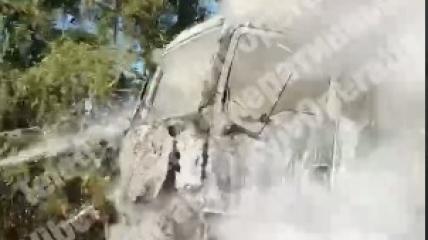 Горела кабина водителя.