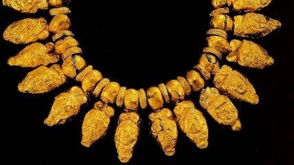 США вернули Турции коллекцию античных украшений