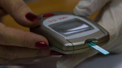 Киевлянам, которые больны диабетом, бесплатно раздавали глюкометры