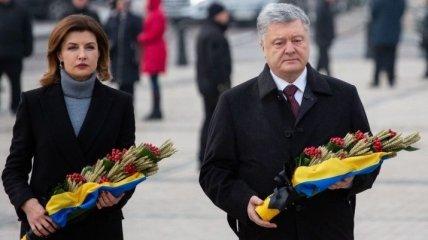 Порошенко с супругой почтили память жертв Голодомора