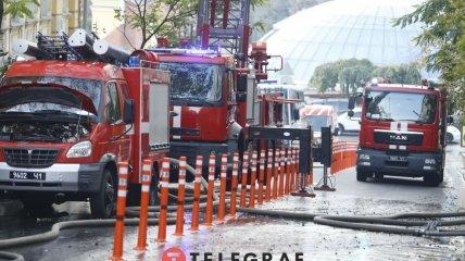 На пожар на Костельной направили 39 спасателей.