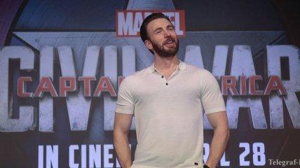 """""""Меня бы упекли"""": звезда Marvel признался, чем увлекается в условиях самоизоляции"""