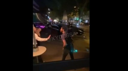 Баскетболисты устроили жесткую драку в одесском ресторане: видео попало в сеть