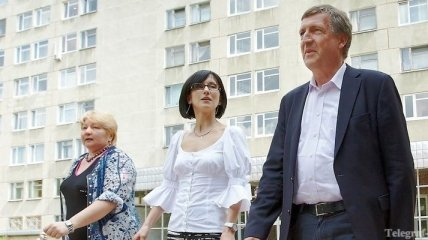 Хармс не сможет ответить на все вопросы украинских врачей