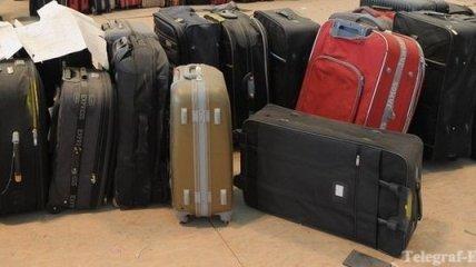 """Багаж туристов в """"Хитроу"""" утопили в канализации"""