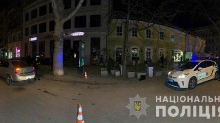 В центре Одессы устроили стрельбу у ресторана, есть пострадавшие (фото, видео)