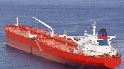 Шесть судов при загадочных обстоятельствах потеряли управление у побережья ОАЭ: что известно