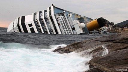 """Свидетель: Капитан """"Коста Конкордия"""" прыгнул с корабля не последним"""