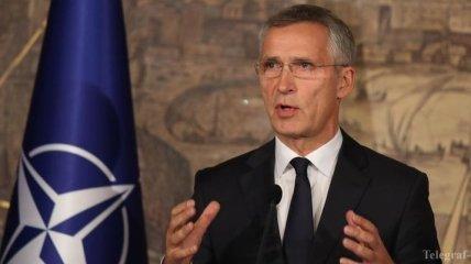Столтенберг: НАТО должно оказывать больше помощи Украине