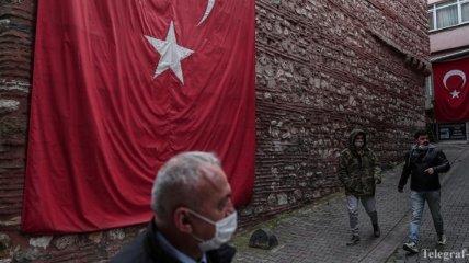 Пандемия: в Турции от коронавируса умерли более 4,5 тысяч человек