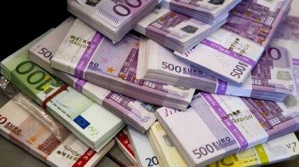 Вступает в силу постановление НБУ, разрешающее обменивать валюту на почте