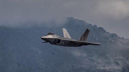 В небе над Сирией истребитель США пытался перехватить пассажирский иранский лайнер