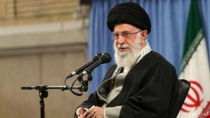 """""""Мы не хотим никому угрожать"""": лидер Ирана призвал наращивать военную мощь страны"""