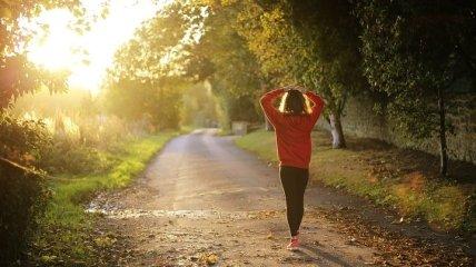 Активная ходьба: кому полезно много ходить
