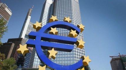 Для поддержки экономики еврозоны ЕЦБ выделит 750 миллиардов евро