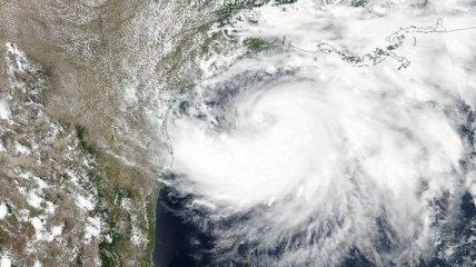 """Стихия уже близко: по Техасу в субботу ударит первый в 2020 году ураган - """"Ханна"""""""