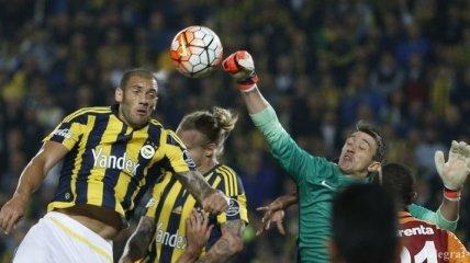 Стамбульское дерби победителя не выявило