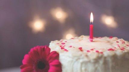 Красивые поздравления с днем рождения на 13 октября: стихи, проза, открытки