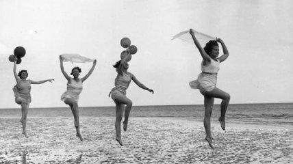 Какими были студентки 1920-1950-х годов? (Фотогалерея)